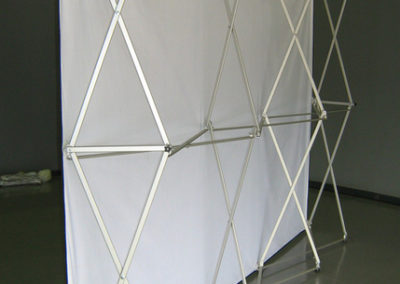 graphic wall-back